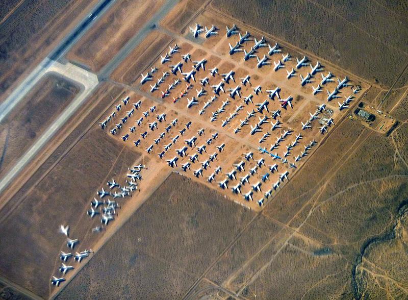 Algunos de los aviones «retirados» en Victorville