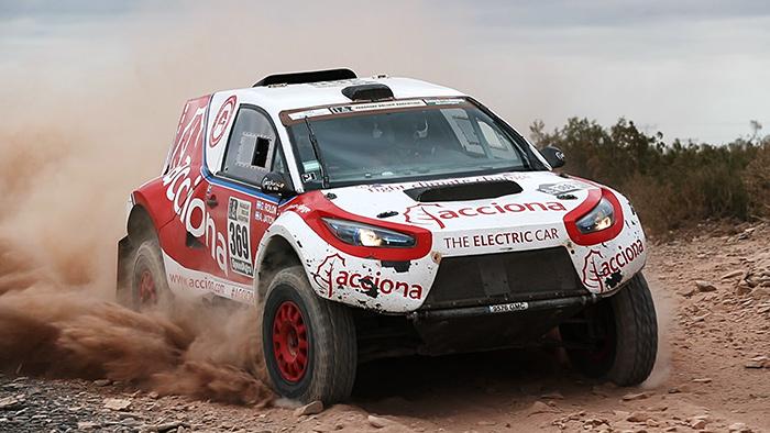 Acciona ecopowered primer coche eléctrico en completar el Rally Dakar