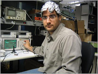 Aluminium-Foil-Helmets