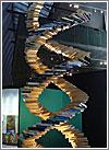 Una doble hélice de ADN hecha de… libros (CC) Alvy