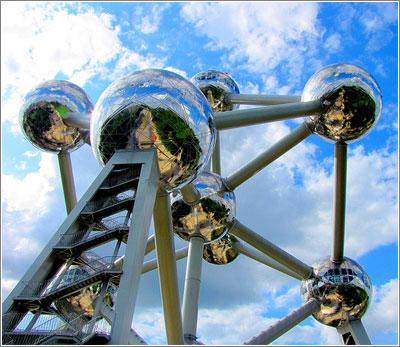 Atomium de Bruselas / Foto (CC) O Palsson