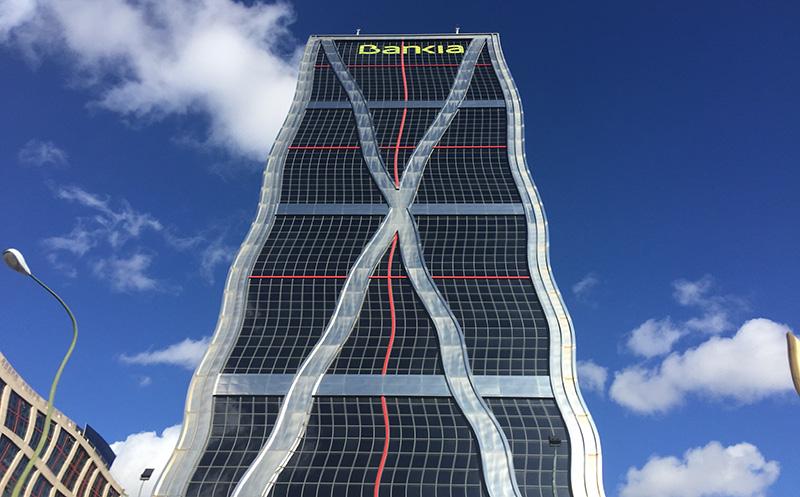 Bankia Ondulada (CC)-by Alvy