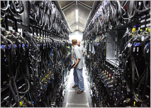Microsoft Bing Maps' datacenter (CC) Robert Scoble @ Flickr
