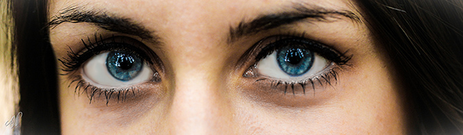 Blue Eyes (CC) Axel Naud @ Flickr