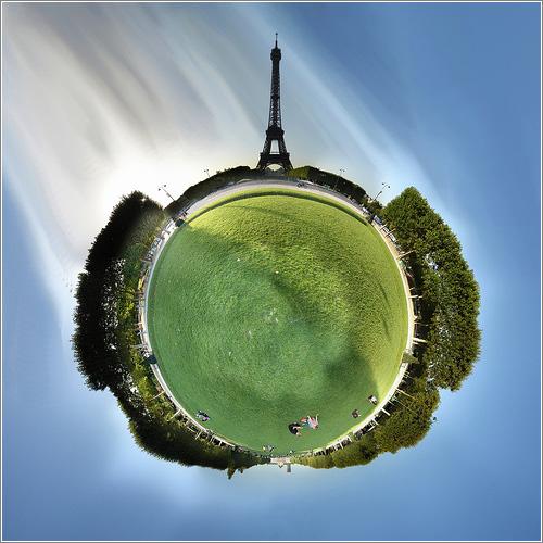 Eiffel-Wee-Planet