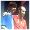 Ernesto Fernández, de rojo, Campeón de Rubik's Clock