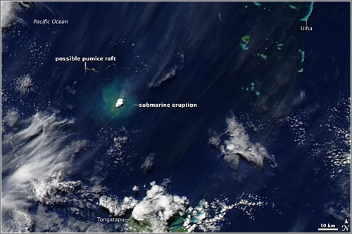 Erupcion en Tonga desde el satélite Aqua