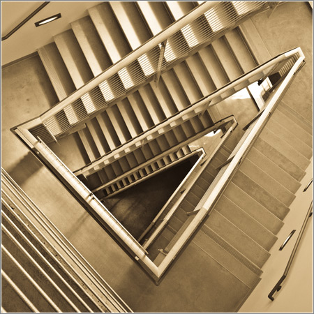 Schlinger Stairwell © Debit72 en Flickr {reproducida con permiso}