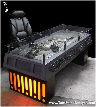 Escritorio Han Solo en carbonita