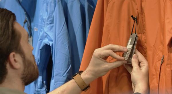 Etiquetas ropa aventura columbia