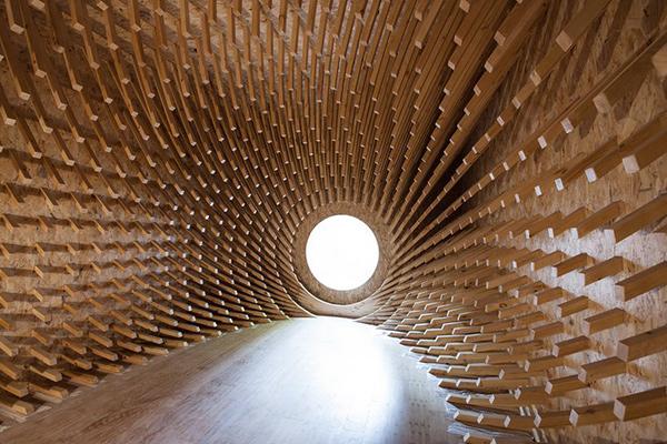 Habitacion capullo de madera 2