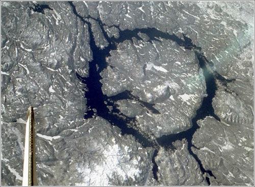 Cráter Manicougan