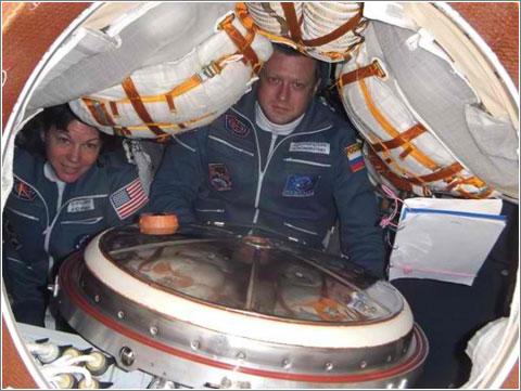 Inside-Soyuz1