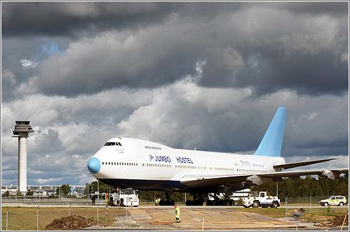 Jumbo Hostel 747