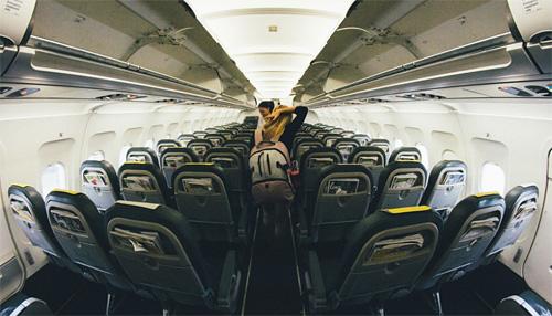 Leo Hidalgo I Love Traveling