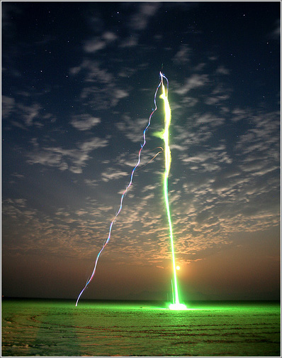 Lanzamiento nocturno. Foto (C) Steve Jurvetson