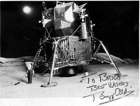 Modulo Lunar a Escala