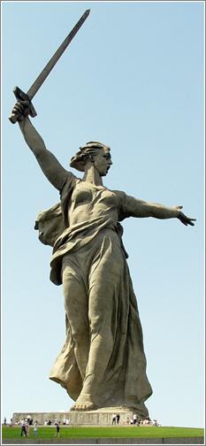 Estatua de la Madre Patria / English Russia