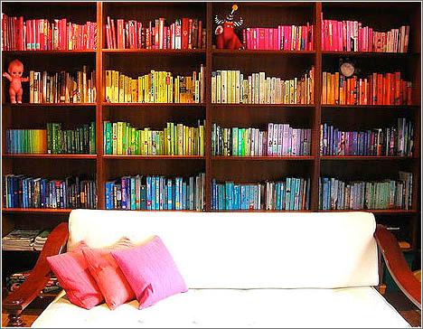 Organizar libros por colores