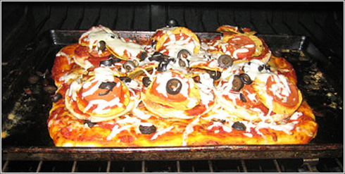 Pizza Fractal / by kmikeym / urbanhonking.com