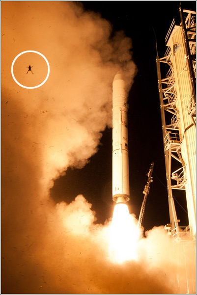 rana-volando-cohete-nasa.jpg