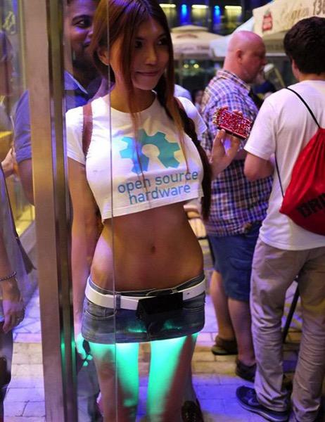 Redditor sexycyborg uses printing to make futuristic 2