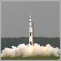 Volando alto: una maqueta del Saturno V
