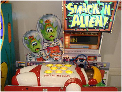 Smack-N-Alien