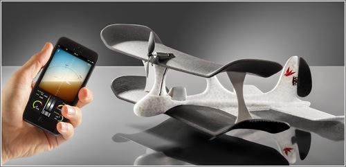 smartplane-con-smatphone.jpg