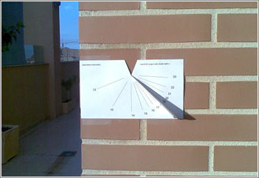 Reloj solar casero