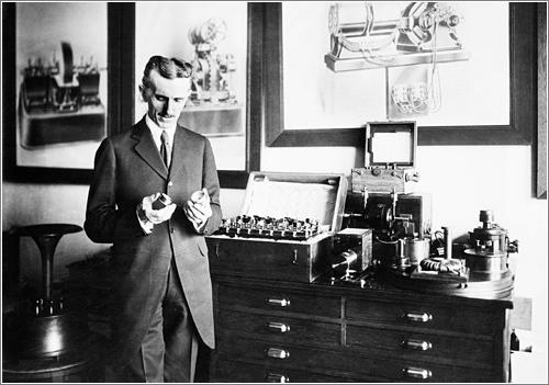 La conexión entre Donald Trump y Nikola Tesla