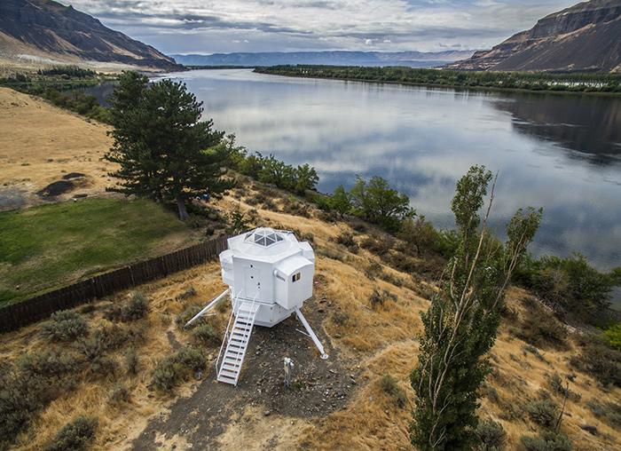 Una vivienda inspirada en el módulo lunar de las misiones Apolo