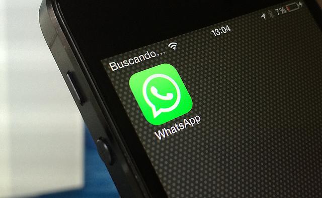 Whatsapp (cc) Alvy