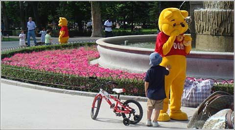 Error en Matrix: Dos Winnie The Pooh en el mismo lugar y al mismo tiempo