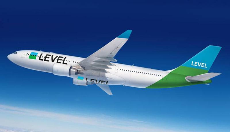 Un A330 en la sosaina librea de Level en azul y verde