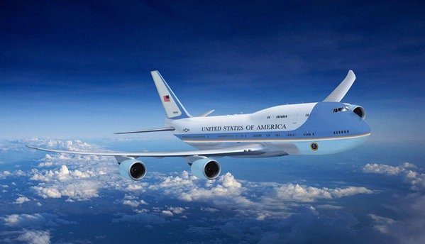 Impresión artística de un 747-8i como Air Force One