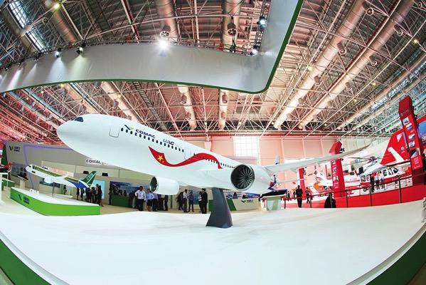 Maqueta del futuro avión
