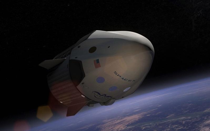 Impresión artística de una Crew Dragon en el espacio