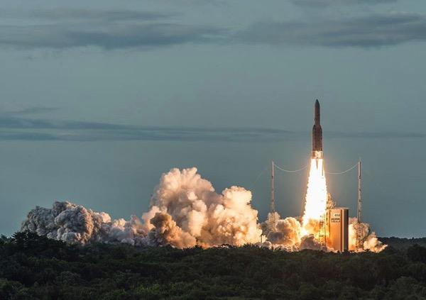 Lanzamiento del Ariane5 VA238