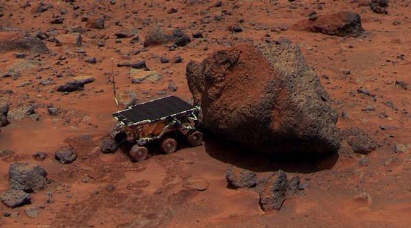 Sojourner al lado de la roca Yogi