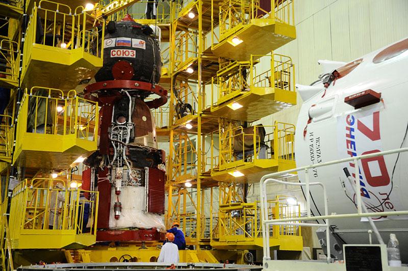 La Soyuz MS-01durante su procesado