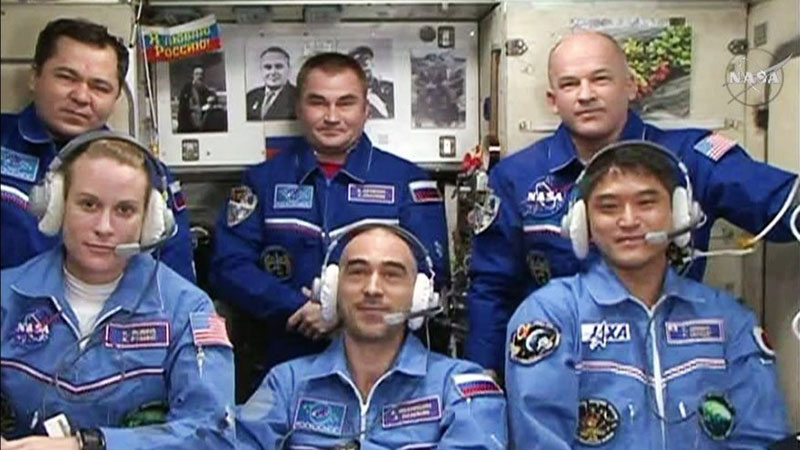 Los seis miembros de le Expedición 48