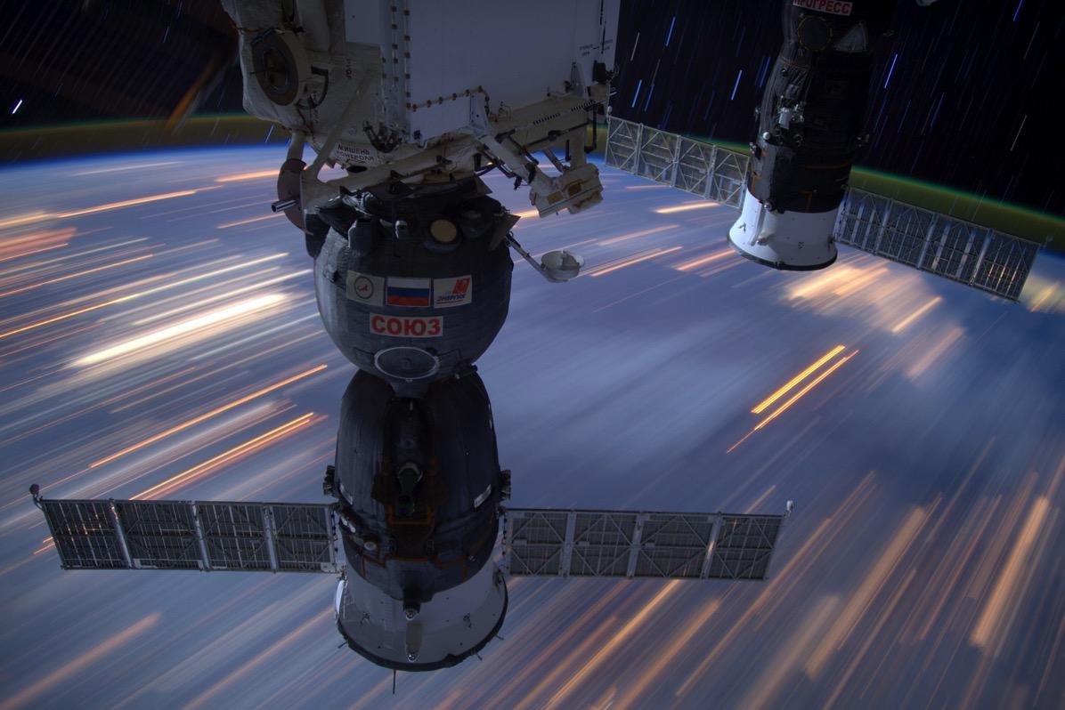La Soyuz MS-03 en la EEI - Thomas Pesquet