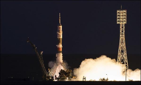 Despegue de la Soyuz MS-05