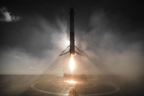 Aterrizaje tras el lanzamiento Iridium 1