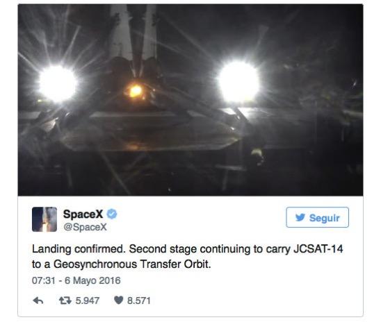 Aterrizaje del lanzador del JCSAT-14