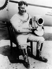 Wiley Post con un traje presurizado